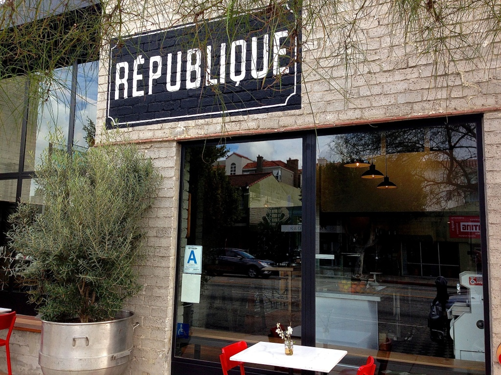 Republique Sign